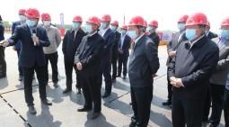 劉家義李干杰到鳳凰黃河大橋和濟南黃河隧道施工現場調研